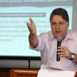 Garotinho paga fiança de R$ 88 mil e não cumpre mais prisão domiciliar