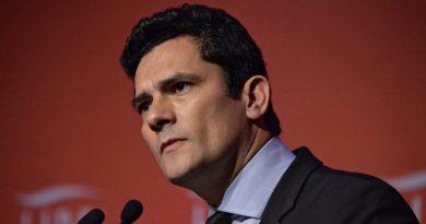 Advogado de Lula desrespeita o juiz Sergio Moro e os dois entram em bate boca