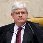 Janot adia entrega dos pedidos de inquéritos contra políticos e levanta suspeitas