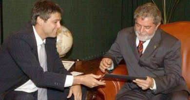 Parecer entregue por Lindenberg Farias diz que Lula pode concorrer em 2018 mesmo se condenado
