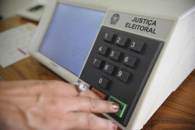 fraude nas urnas eletrônicas