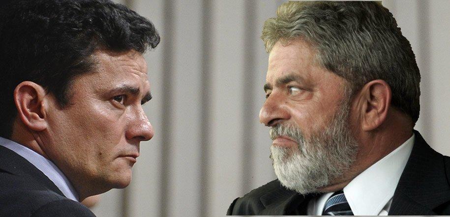 O juiz federal Sérgio Moro marcou nesta sexta-feira, 3, o interrogatório do ex-presidente Luiz Inácio Lula da Silva para às 14h de 3 de maio no processo em que o petista é acusado por corrupção passiva e lavagem de dinheiro